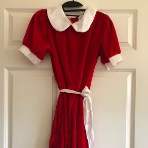 Women's Orphan Annie Costume and Wig